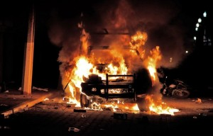 A car is set ablaze in Ajalpan, Puebla in October 2015 where two men were lynched, reflecting Mexico's poor ability to uphold rule of law. Photo: Saul Munoz, Agence France-Presse, Getty Images.