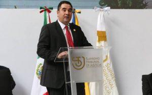 Judge Suro Esteves speaks to an audience.